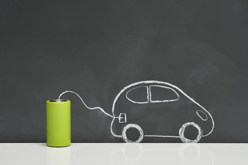 Retired batteries of new energy vehicles become headache