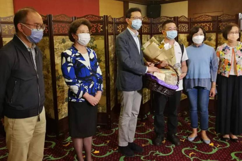 Mainland experts arrive in Hong Kong to help fight COVID-19