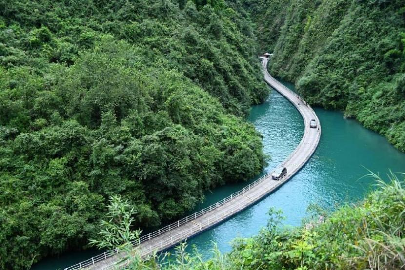Over 500 Chinese scenic spots reduce ticket prices for more visitors