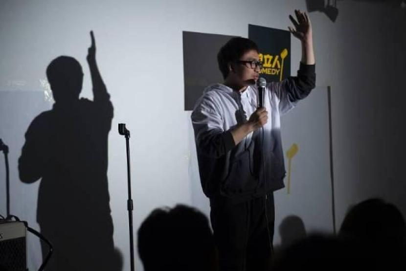 Investors eye China's growing stand-up comedy scene